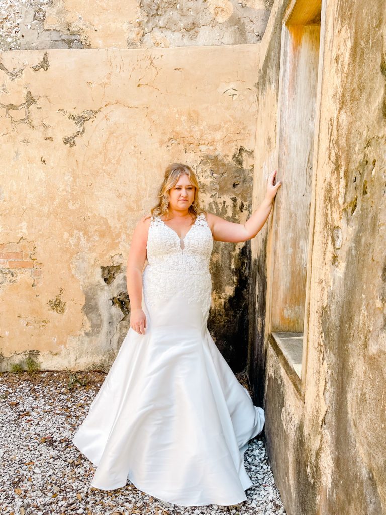 plus size fitted classic mermaid wedding dress